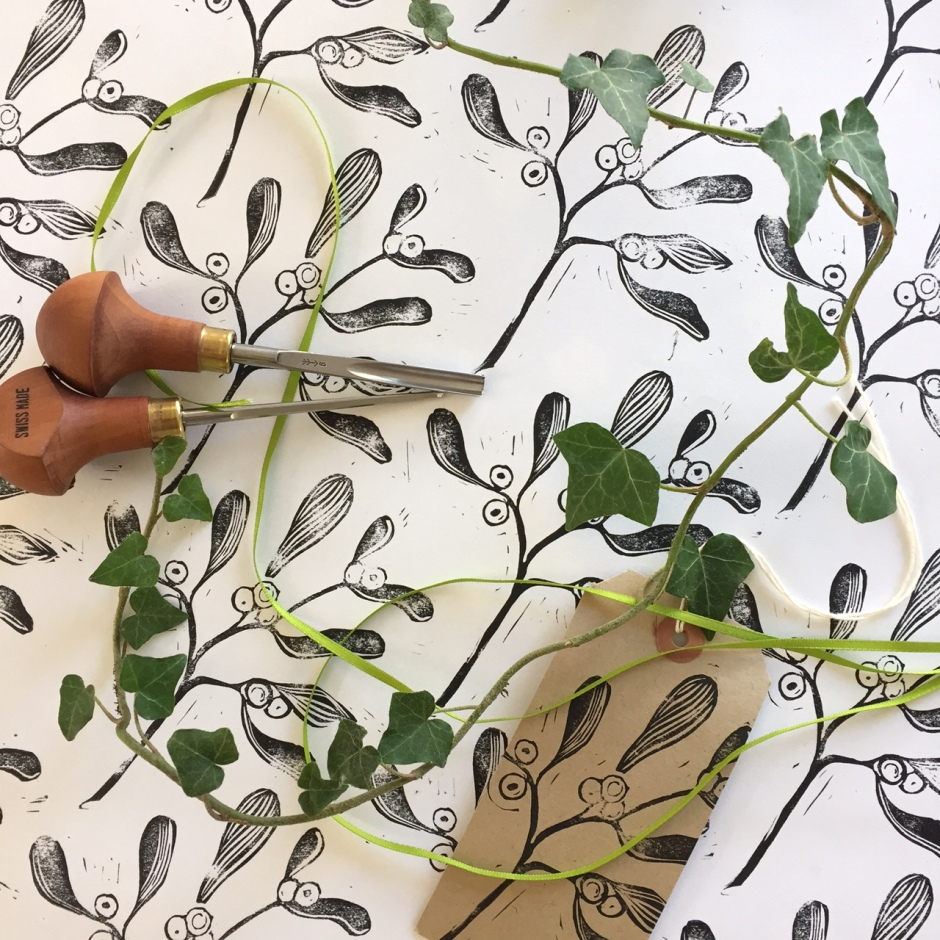 Christmas lino image mistletoe